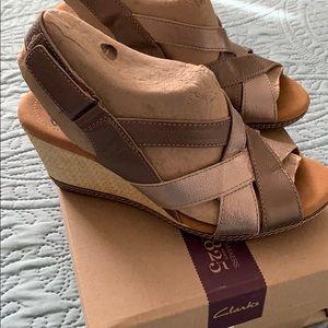 NIB Clark's Sandals